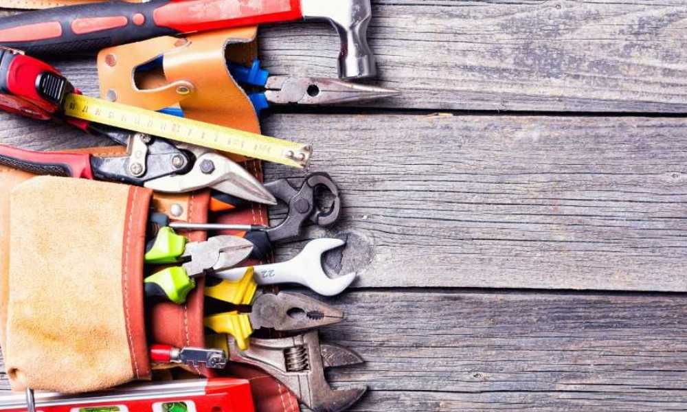 How to Organize Wrenches in a Toolbox